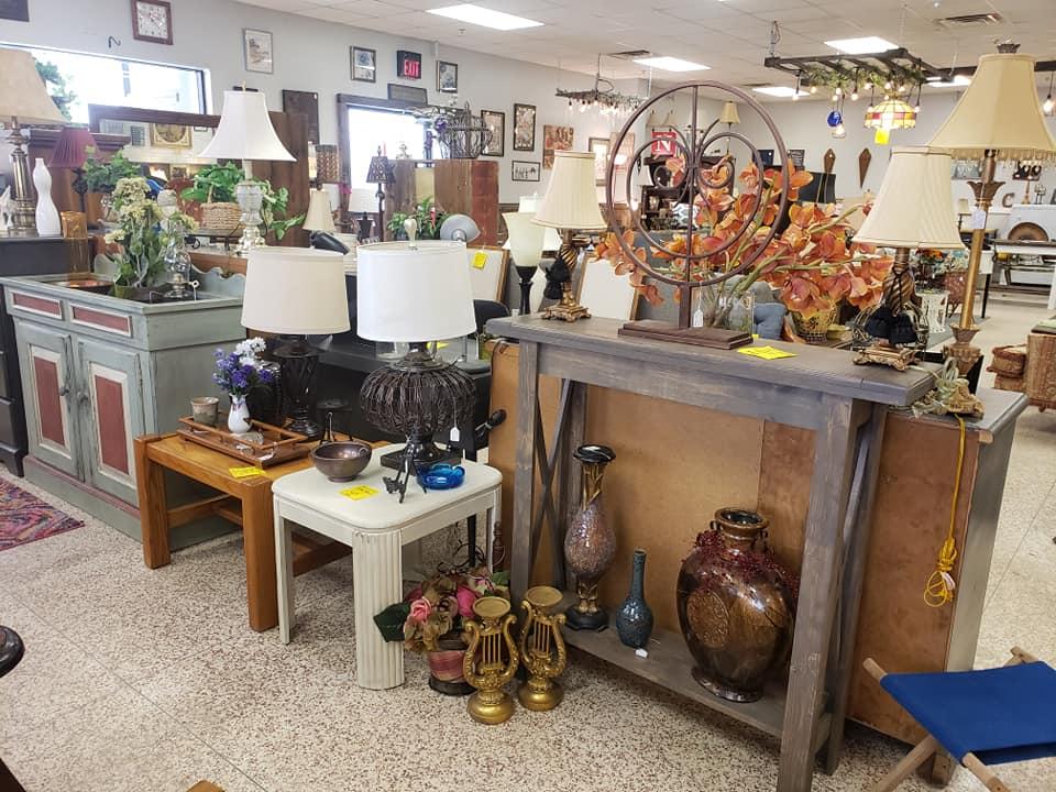 Home Decor & Farmhouse Furniture Store  Sioux Falls, SD  Junk in